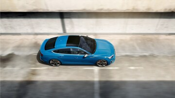 Audi S5 Sportback Bird's-eye View and Sunroof - Audi Australia